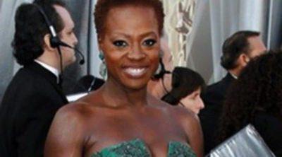 Viola Davis y Esperanza Spalding, los peinados más soprendentes de los Oscar 2012