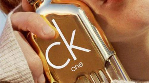 Calvin Klein lanza 'CK One Gold':