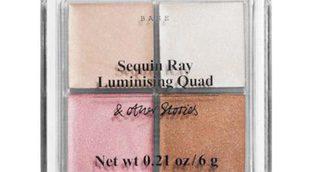 &Other stories lanza una paleta de polvos iluminadores con 4 tonos diferentes