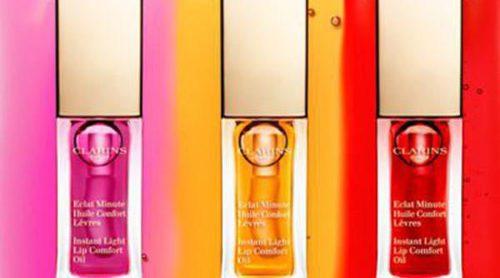 Enamórate con los nuevos aceites labiales de Clarins: