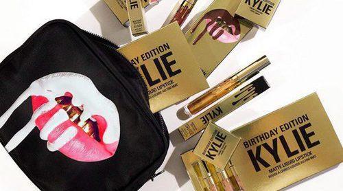 Kylie Jenner celebra su 19 cumpleaños con una nueva línea limitada de maquillaje