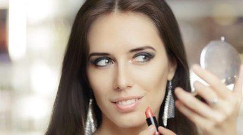 Cómo maquillarse para ir a una boda de mañana en otoño