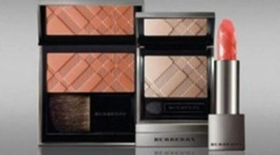 Burberry presenta su nueva colección de maquillaje para este verano