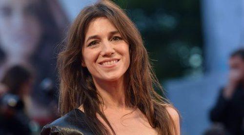 Nars ficha a Charlotte Gainsbourg como colaboración para la próxima campaña