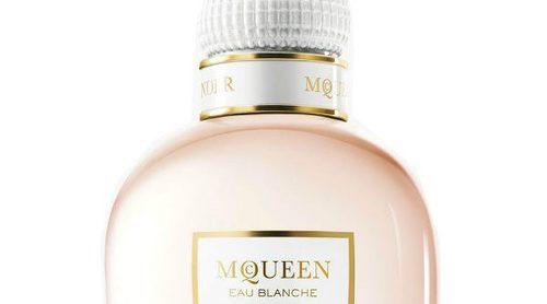 'McQueen Eau Blanche', la nueva fragancia de Alexander McQueen
