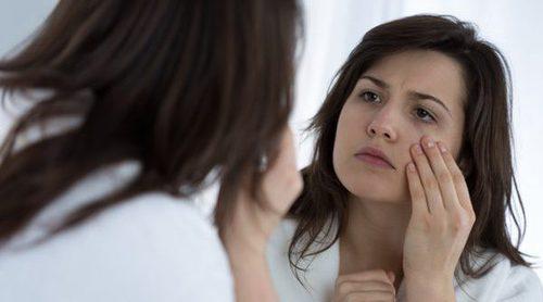 Cómo maquillarse para ocultar las bolsas de los ojos