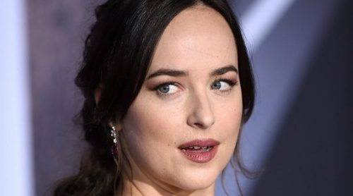 Maquíllate como Dakota Johnson