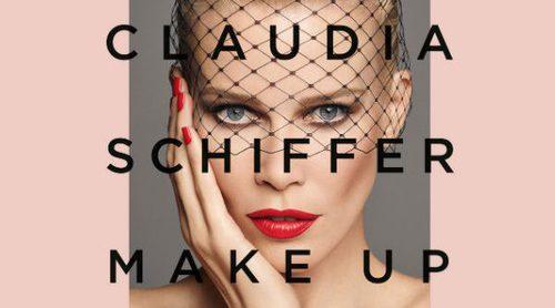 Claudia Schiffer lanza su primera colección de maquillaje en colaboración con Artdeco