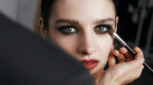 & Other Stories presenta su nueva colección de maquillaje 'Glamour Gothic'