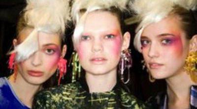 Colores flúor en la nueva línea de maquillaje de Topshop de la mano de Louise Gray