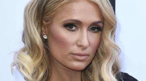 Maquíllate como Paris Hilton