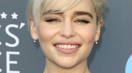 Maquíllate como Emilia Clarke
