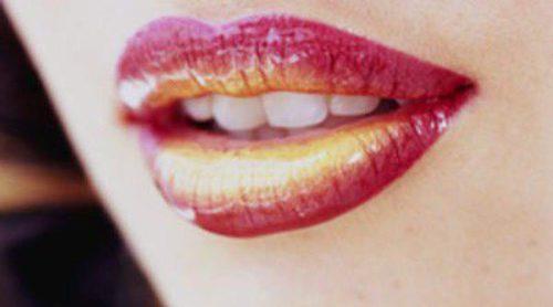 Efecto 'Ombré lips',  dale color a tus labios de una manera diferente