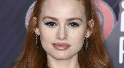 Maquíllate como Madelaine Petsch