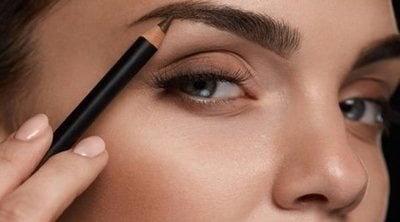 Cómo delinear las cejas
