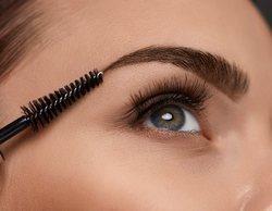 Cómo maquillarse las cejas gruesas