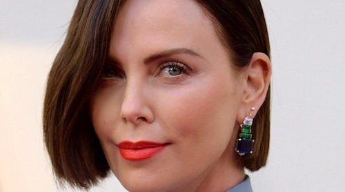 Charlize Theron y algunos impresionantes cambios de look de los Oscar 2019