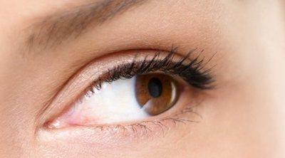 Ojos pequeños, ¿cómo aplicar el eyeliner?