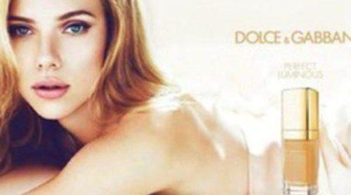 Scarlett Johansson refleja la naturalidad del nuevo maquillaje de Dolce & Gabbana