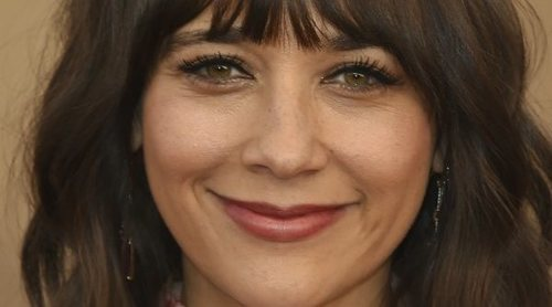 Maquíllate como Rashida Jones