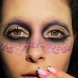 Maquillaje con máscara de leopardo para Halloween 2011