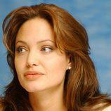 Angelina Jolie con una ahuecada melena