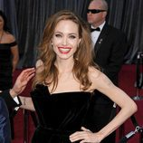 Angelina Jolie con un labial blood orange