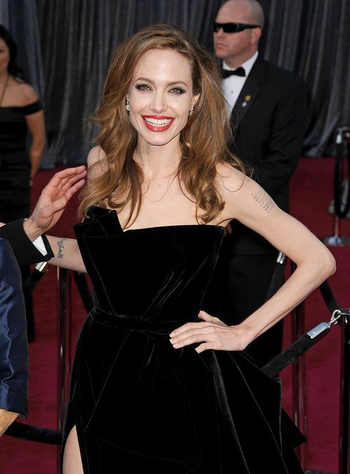Angelina Jolie con un labial blood orange