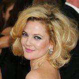 Drew Barrymore con un corte middy cardado