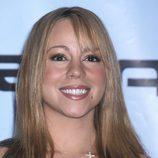 Mariah Carey con el pelo planchado