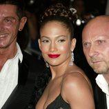 Jennifer Lopez con una trenza por corona