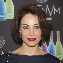 Nerea Garmendia con los labios rojos en un acto de la firma 'Platinum'