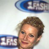 Gwyneth Paltrow con el cabello eléctrico