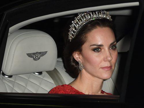 Kate Middleton con su espectacular corona
