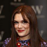 Jessie J con el cabello caoba