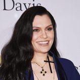 Jessie J con el cabello al natural y suelto