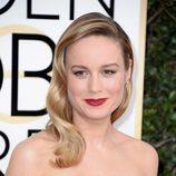 Brie Larson con ondas al estilo old Hollywood