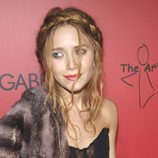 Mary-Kate Olsen con una original trenza diadema