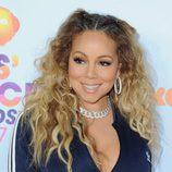 Mariah Carey luce dos trenzas de raíz asimétricas