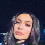 Las extensiones de pestañas son clave en los looks de Kylie Jenner
