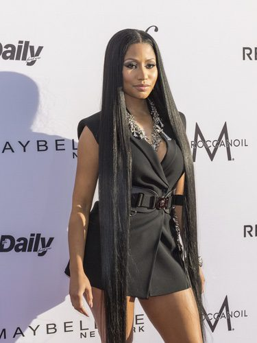 Nicki Minaj con el pelo suelto