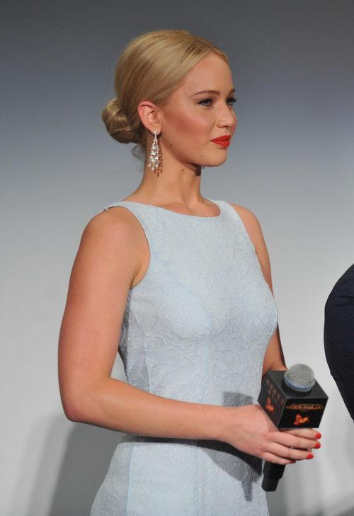 Jennifer Lawrence con moño de bailarina