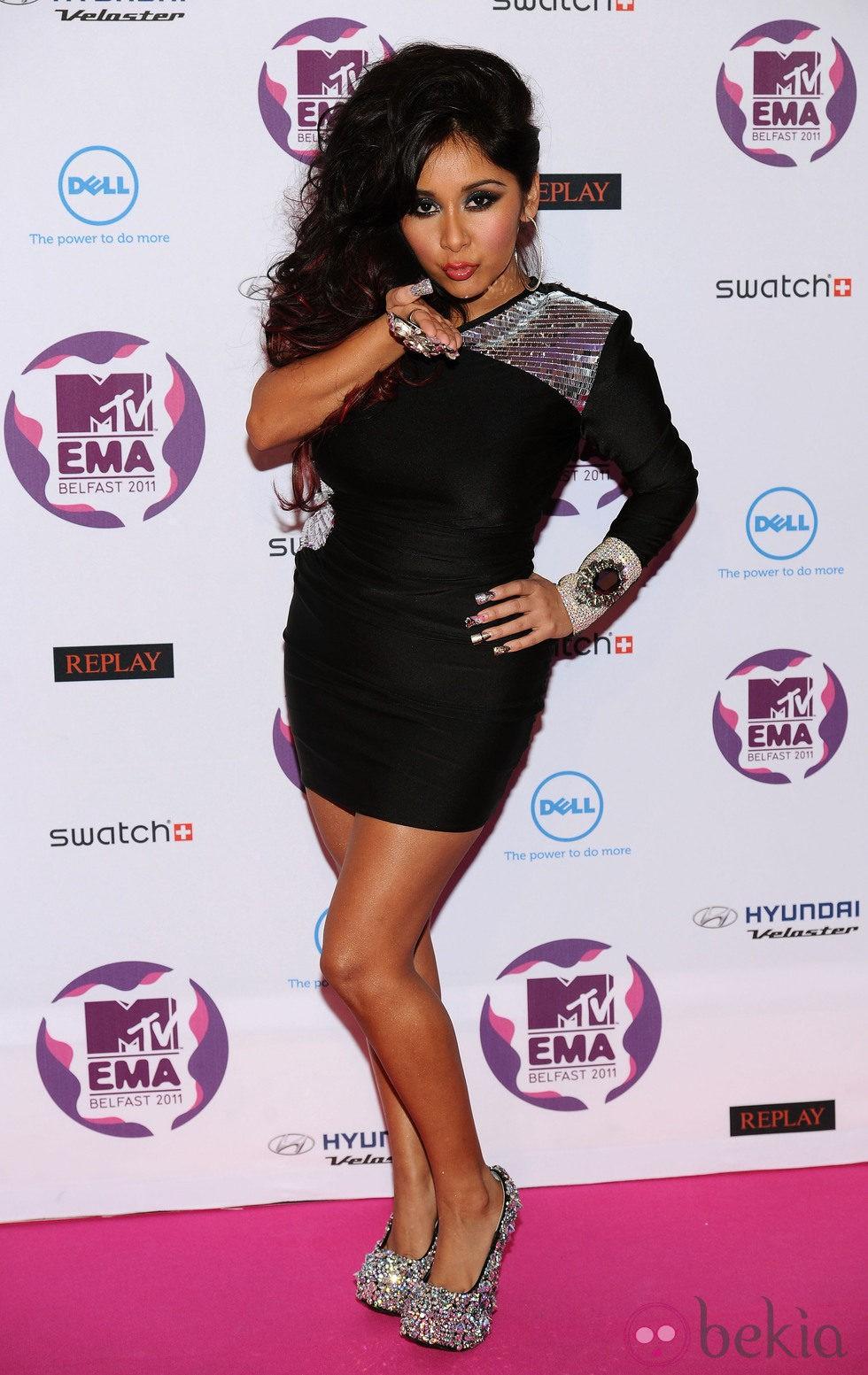 Peinado de Snooki con un semirecogido en los MTV Europe Music Awards 2011