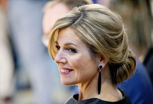 La Reina Máxima de Holanda con un elegante recogido