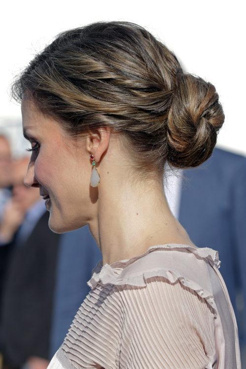 La Reina Letizia con un recogido romántico