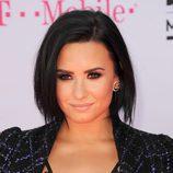 Demi Lovato fan del ahumado para la alfombra roja