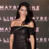 Adriana Lima en un evento de Maybeline en Londres