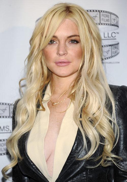 Lindsay Lohan con ondas muy rotas