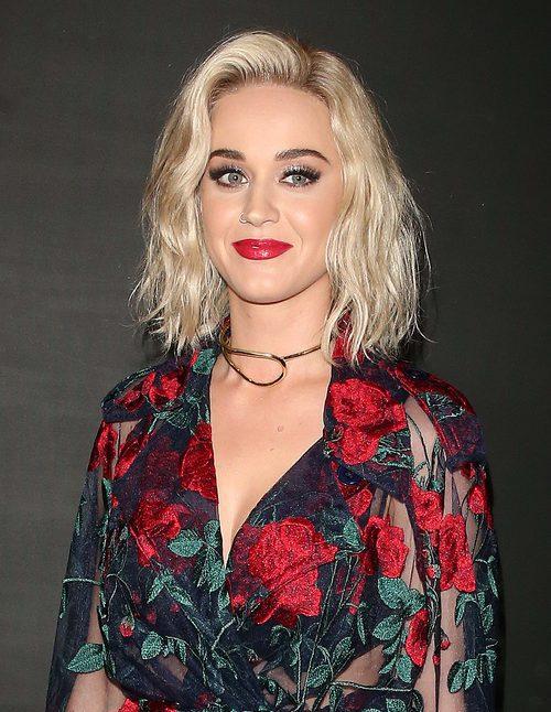Katy Perry fan de las pestañas voluminosas