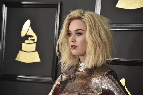 Katy Perry fan de un contouring cremoso